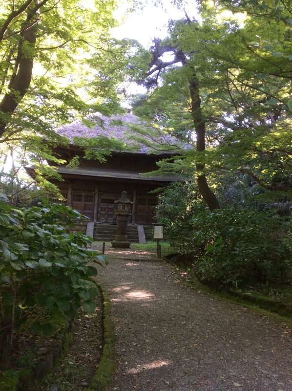 Old Tokeiji Temple Sanctum, moved from the Tokeiji Temple in Kamakura. Known as Enkiri-dera (divorce temple) or Kakekomi-dera (run-in-temple).  This sanctum features the characteristics of Zen Buddhist architecture.