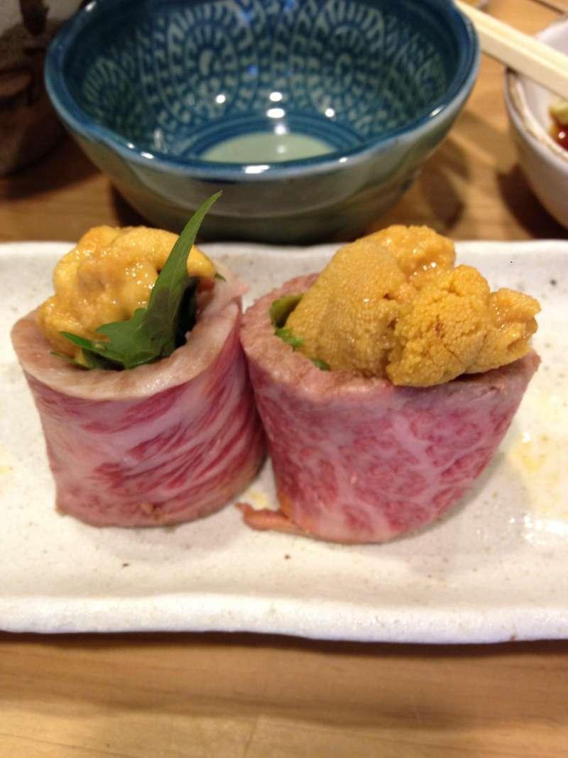 Disfruten la comida local y el licor tipico del Japón en Izakaya(Taberna)