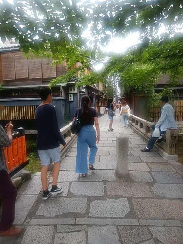 Private Tour Bamboo grove in Arashiyma, Ryoanji temple , Kinkakuji temple and Gion district