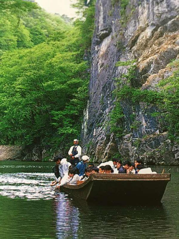 Geibi-kei Gorge, Enjoy a beautiful boat trip