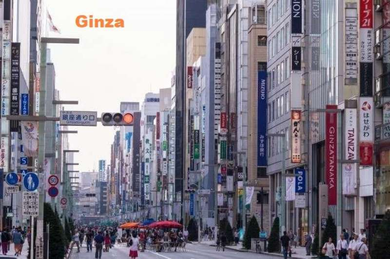 10. Power Spot in Ginza, a Luxury Shopping Street