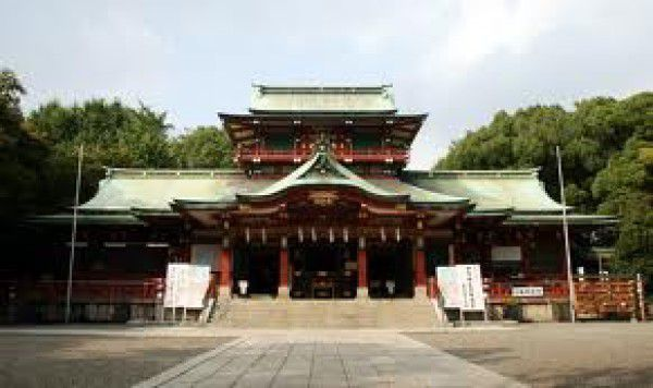 Tomioka Hachiman Shrine is dedicatedd to the God of Wr
