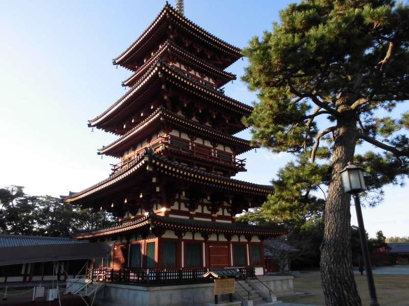 Yakushi-ji Temple Saitou(West Pagoda)