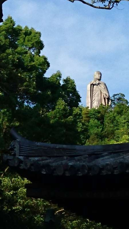 A big statue of Kobo-Daishi, a founder of the Shingon sect of Buddhism, or the estoteric Buddhism in Japan and also the founder of the Shikoku 88-temple pilgrimage. It was about 1200 years ago.