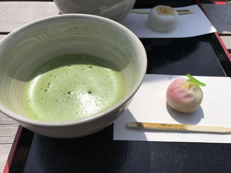 Tea Ceremony at Hamarikyu Garden