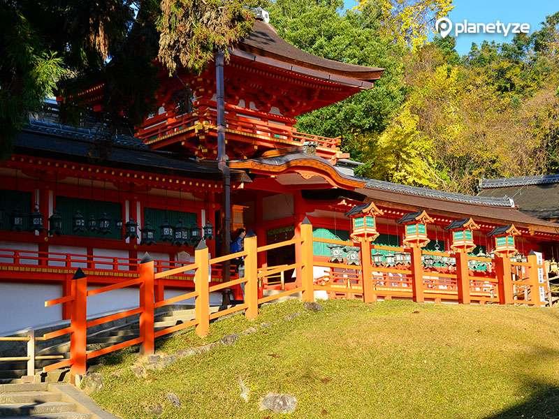 Kasugataisha shrine ( Photo by Planetyze)
