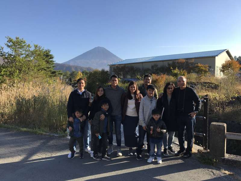 Family trip of visitors from Philippines. Thank you for using JAPAN VAN for Kyoto tour and Mt. Fuji tour!