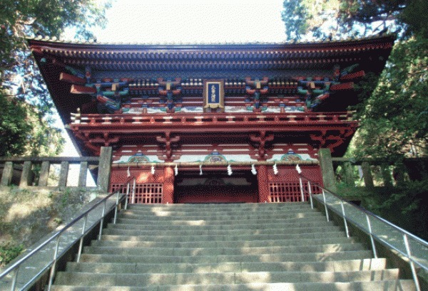 1159 계단을 다 올라간 곳에 있는 누문인데요, 여기서부터  안쪽은  신의  영역이 됩니다.
