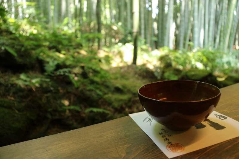 Take a matcha in the bamboo grove of Houkokuji