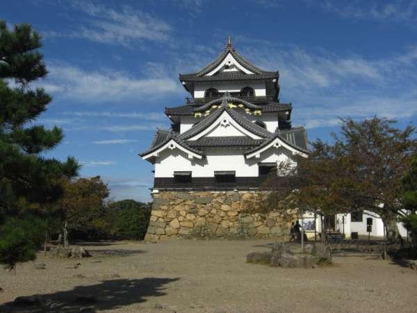 Hikone Castle keep (A National Treasure)