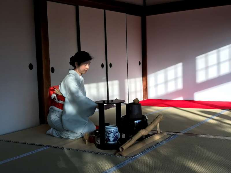 How about an experience tea ceremony ? Matcha tea used to be tonic beverage for Zen monks while meditation practice in an temple.