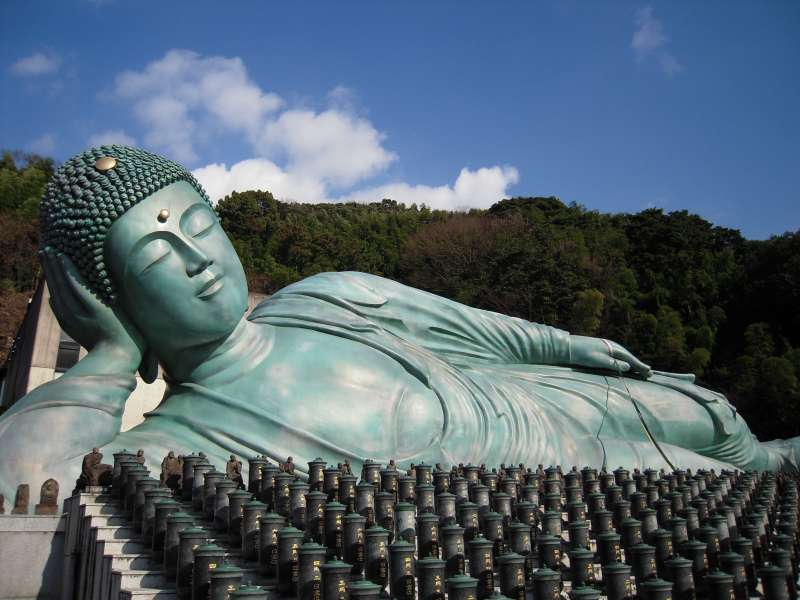 It is certainly the biggest bronze Reclining Buddha statue. He looks very peaceful.