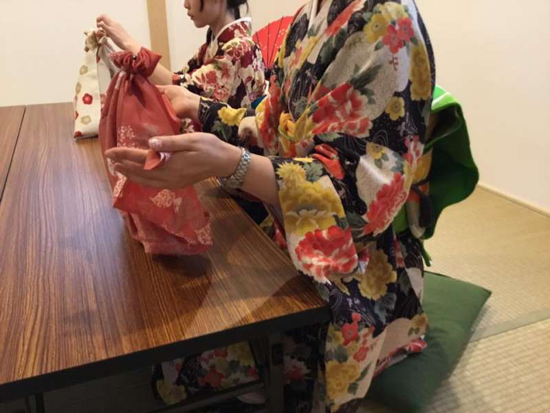 Furoshiki is a traditional Japanese cloth used to be used to wrap up some clothes.