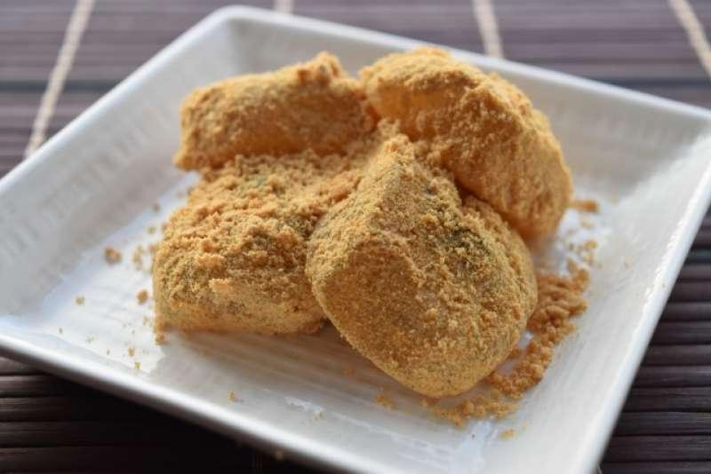 Wa-Gashi (Japanese sweets) cooking experience