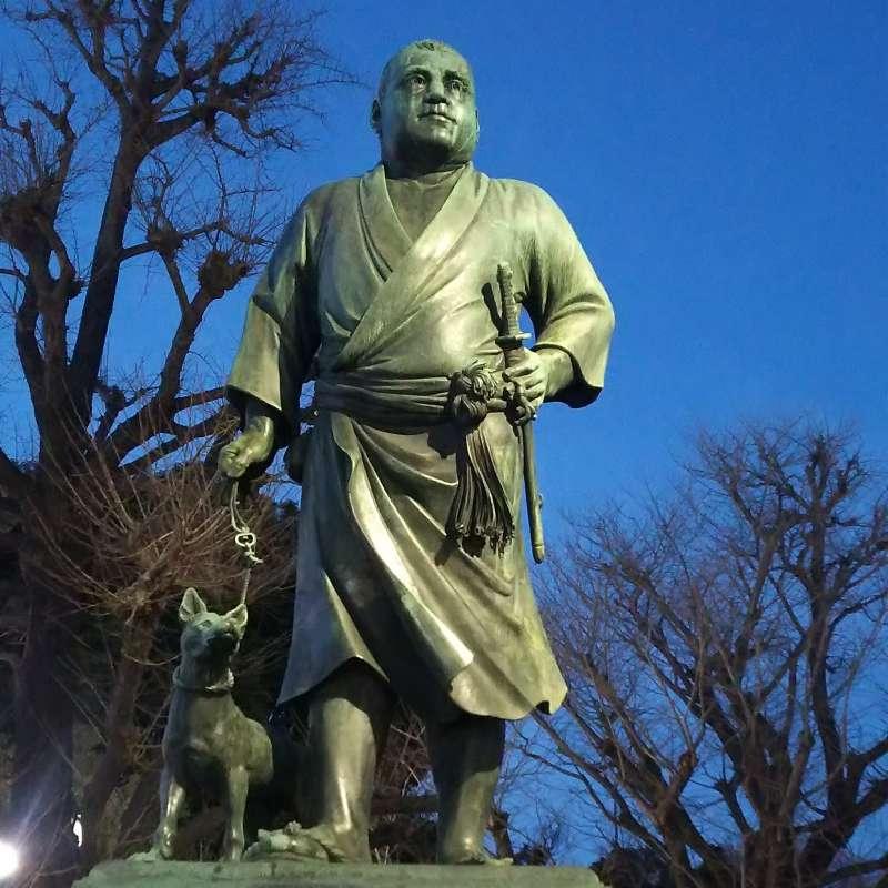 Most popular historic figure, Saigo Takamori, standing in Ueno Park