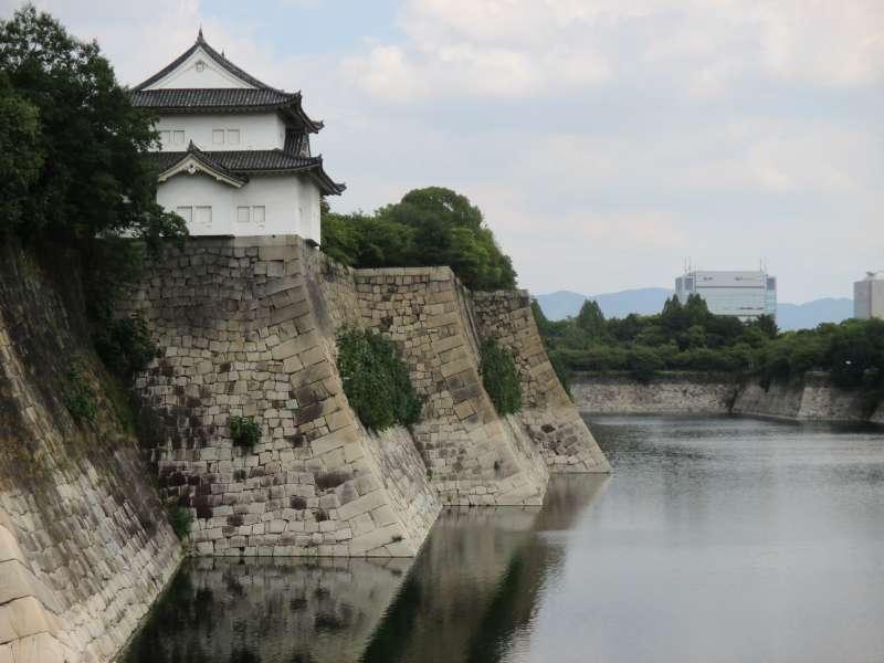 East Outer Moat of Osaka-jo Castle