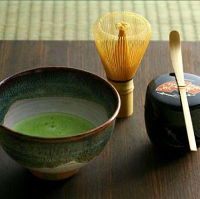 Tea Ceremony utensils: Chawan, Chasen, Chashaku and Natsume
