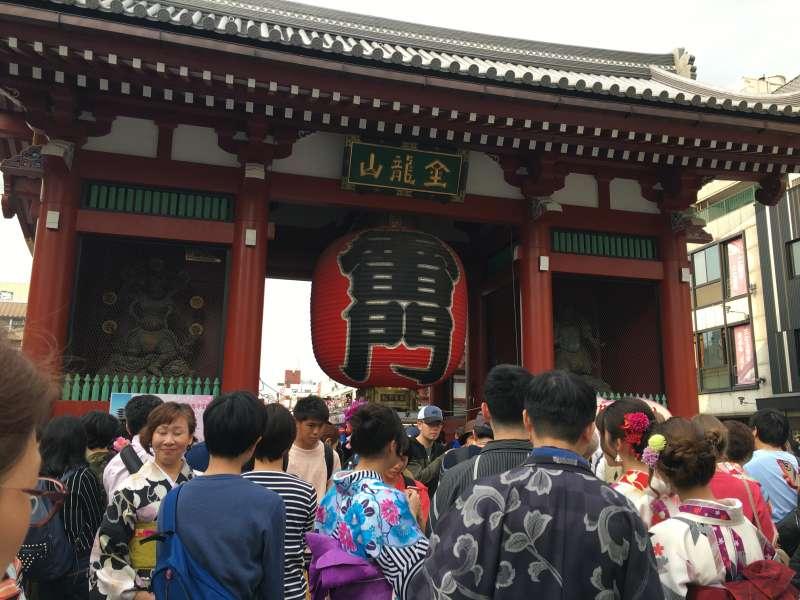 The Thunder Gate of Sensoji Temple in Asakusa