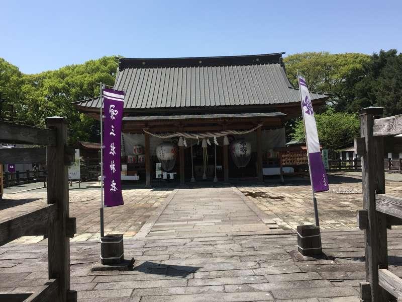 Mihashira Shrine