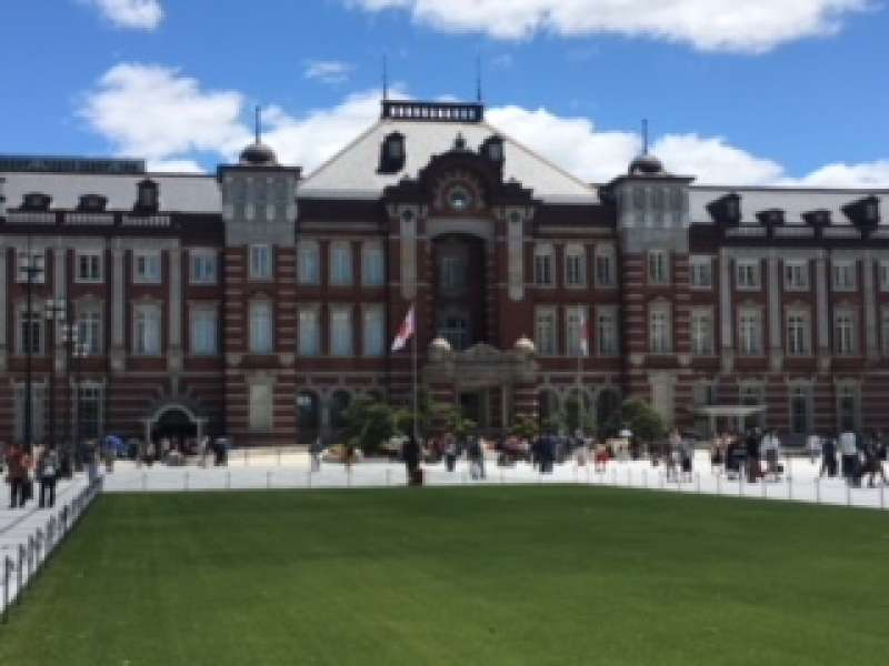 Tokyo Station building  has been fully restored to its original sate in 2012 !