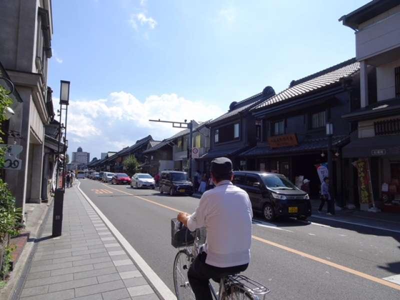 Kurazukuri (warehouse-styled shops) street