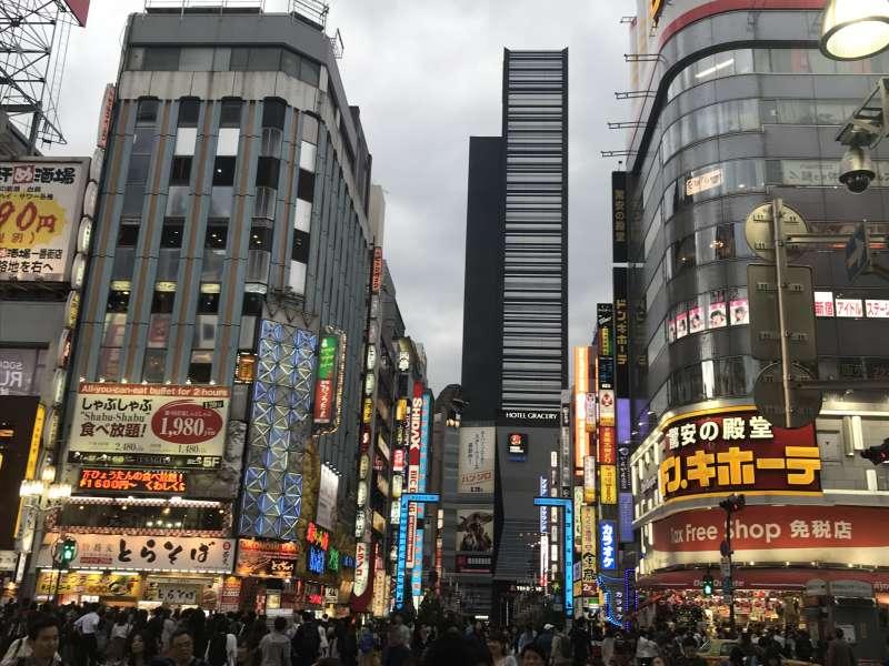 Shinjuku Kabuki-cho night spot