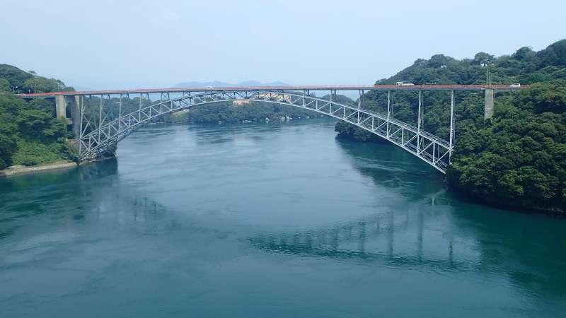 ★SAIKAI Bridge ・Cross over SASEBO city and SAIKAI city can walk on the sidewalk of the bridge, can observe New SAIKAI Bridge, beautiful scenery of Ohmura Bay and swirling tide.