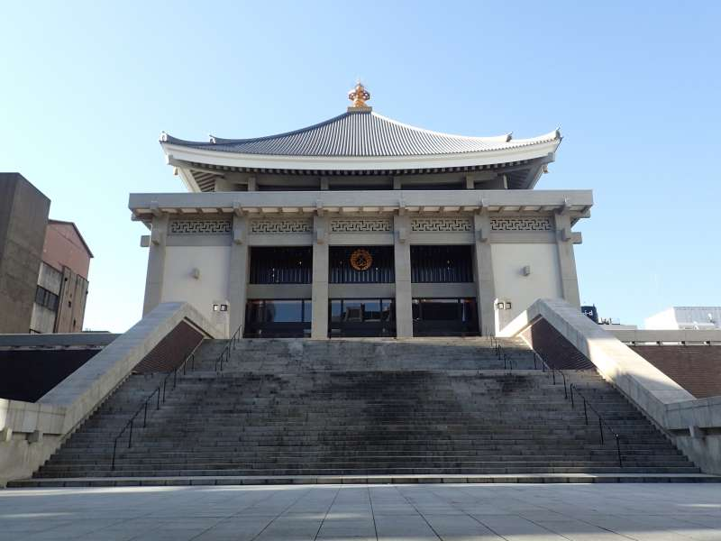 5. Kita-mido(One of the biggest buddhist temple in Japan)