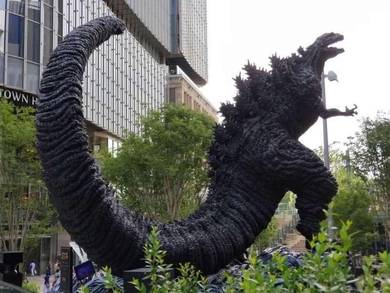 Godzilla statue at Ginza.