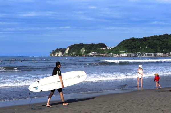 A bright summer day at Zaimokuza Beach