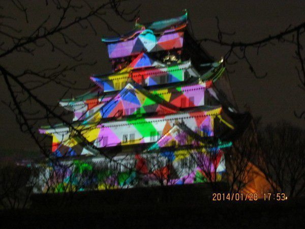 3D mapping images were beautifully projected to Osaka Castle in 2013.