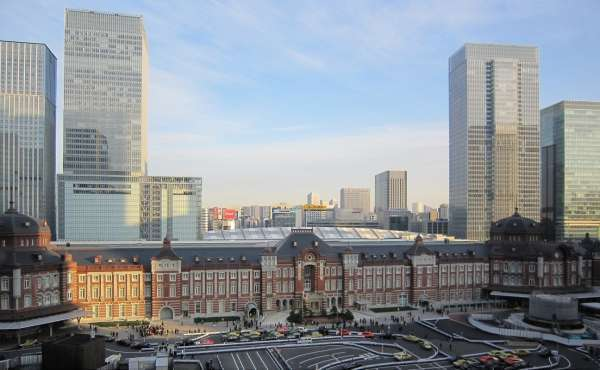 Tokyo station - the biggest terminal station in Japan. I love the beautiful station building.