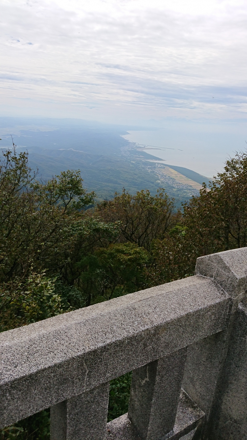 The Sea of Japan from the uppermost shrine