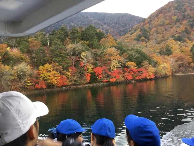 Cruising on Chuzenji lake