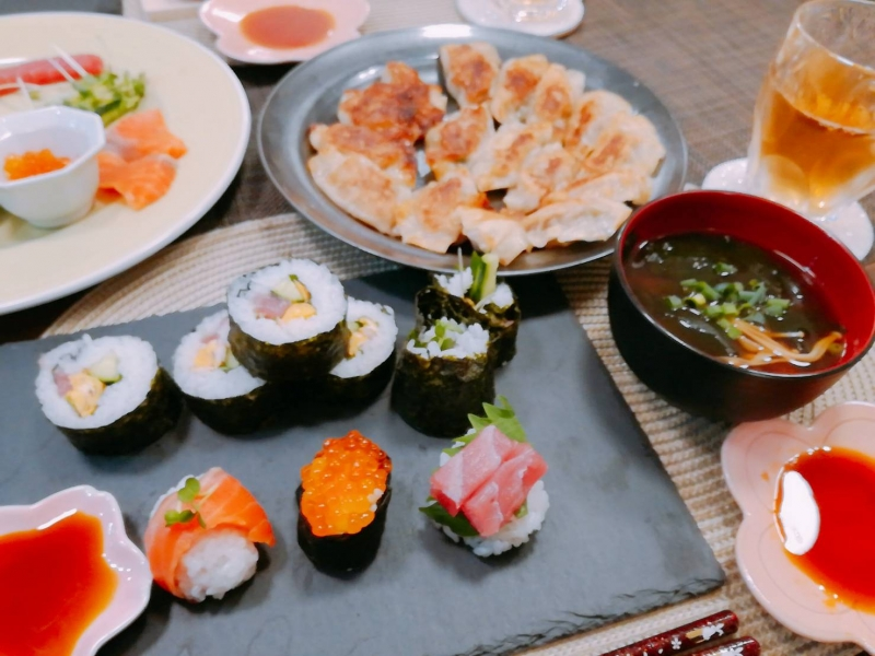 Sushi, Gyoza, misosoup class!! (Recommend for cooking experienced person)