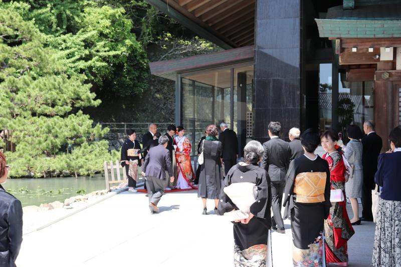 Izumo Taisha Grand Shrine: Many people get married at this shrine.