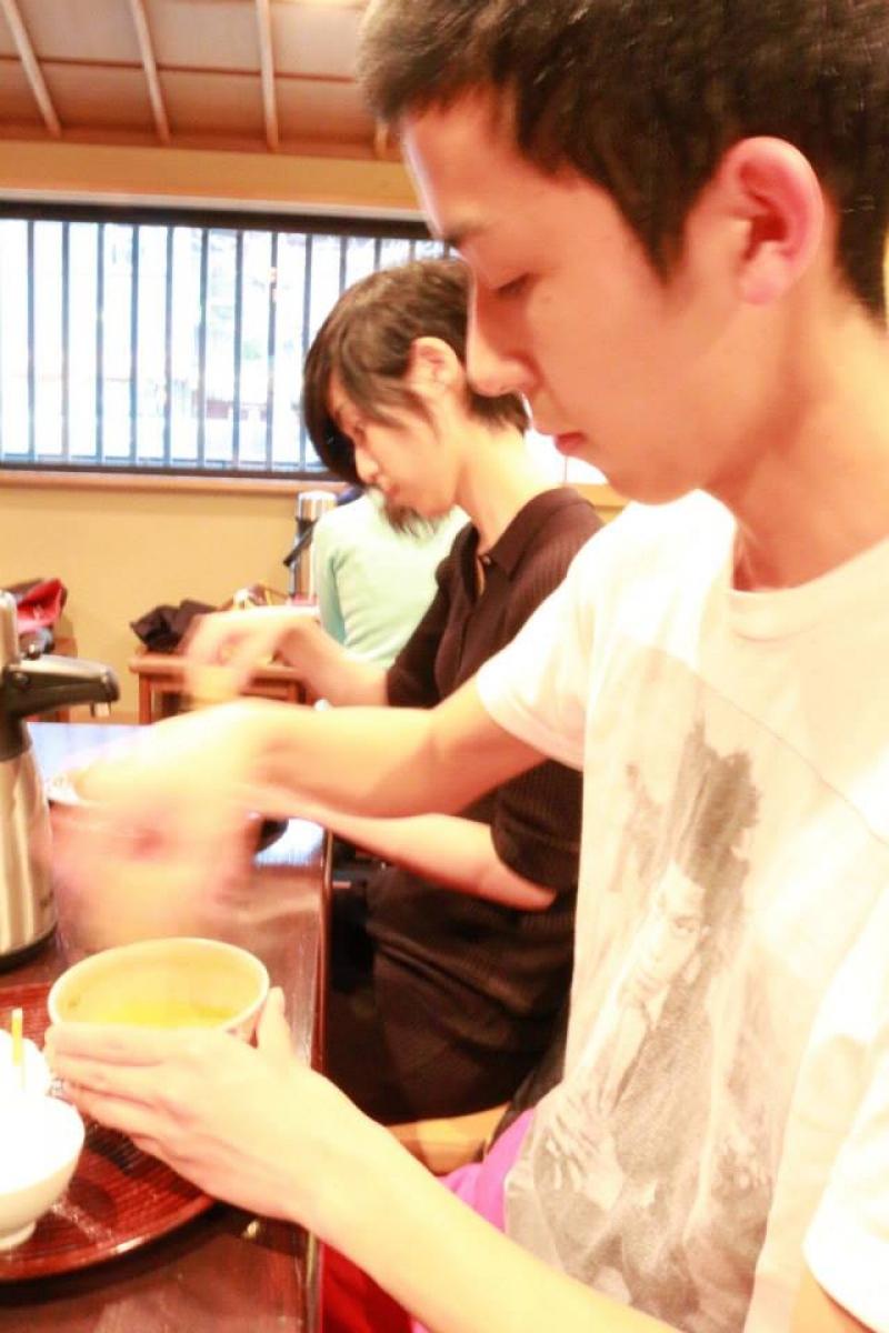 A quick Matcha (green tea) making
