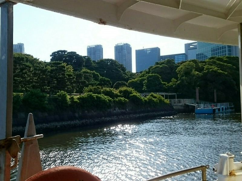 Taking the water bus from the pier located in the Garden to Asakusa!!