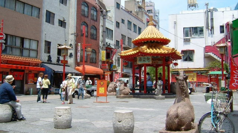 China town, please enjoy the atmosphere of China. The second biggest China town in Japan