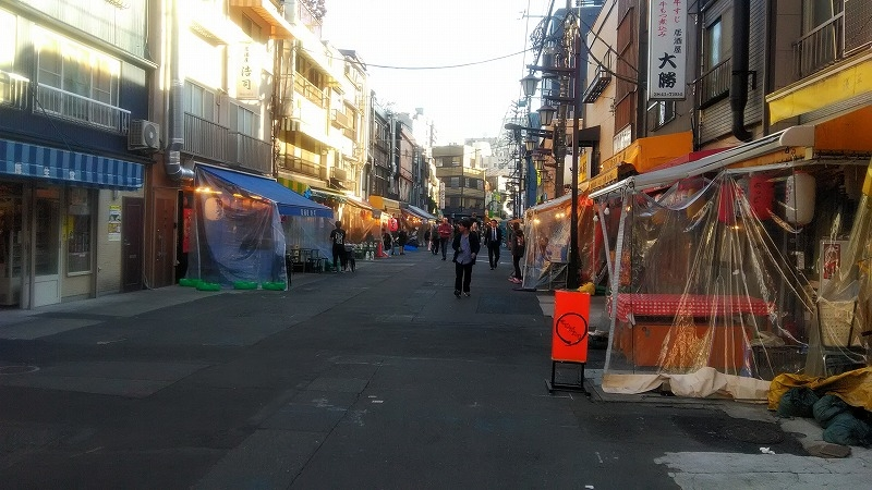 The place which attracts you will be side way in Asakusa.