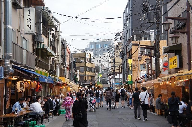 On the backstreet of Asakusa, there are a lot of open-air tabern, izakaya.