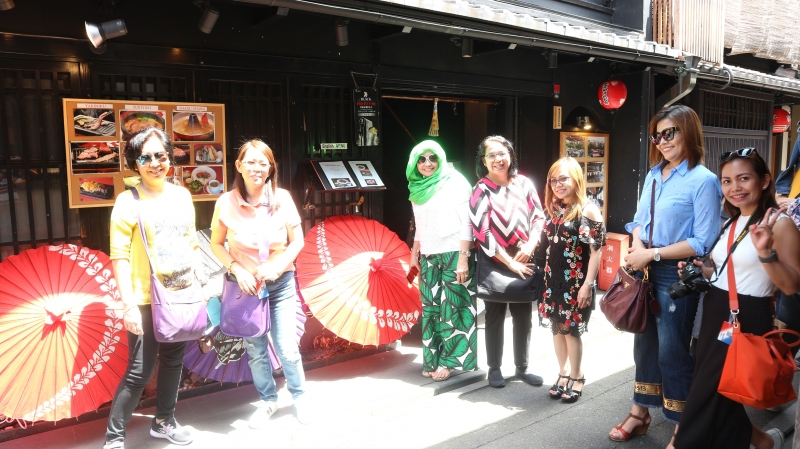 At Ponto-cho street (2 of 2)