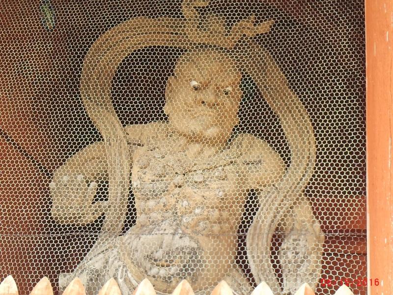 Deva statue at Koyasan Daimon Gate