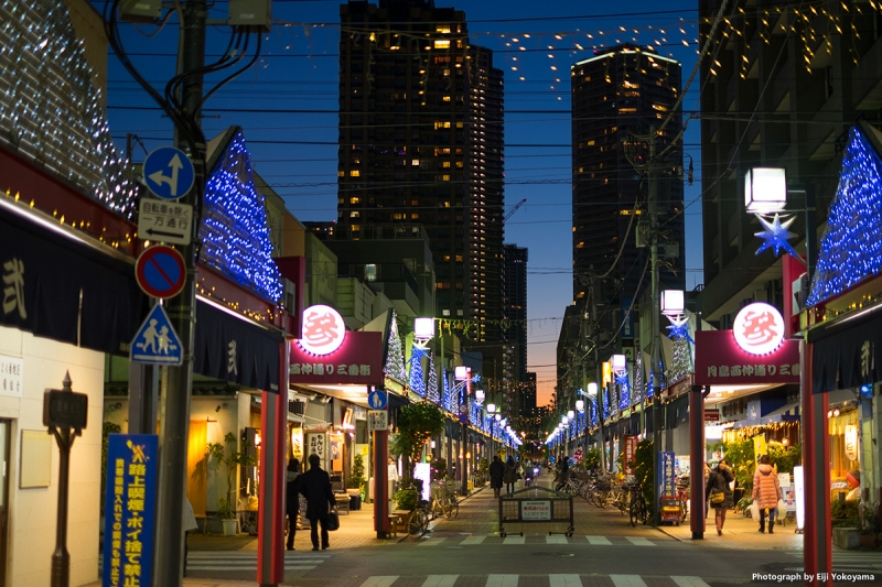 The Monjya Gai Street with moret than 100 taverns lined in this street of Tsukishima.