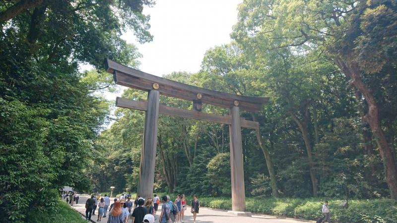 La puerta sagrada TORII de Meiji jingu(templo sintoista de Meiji)