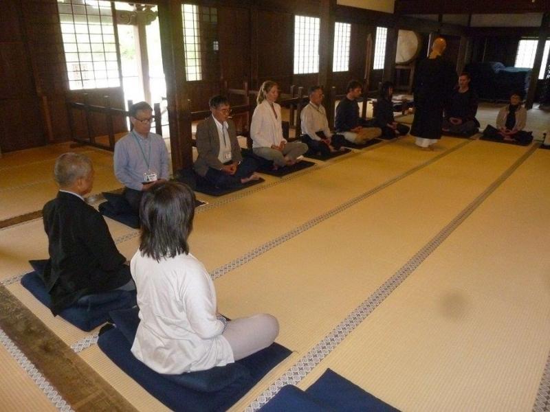 Zen temple and Zazen Experience