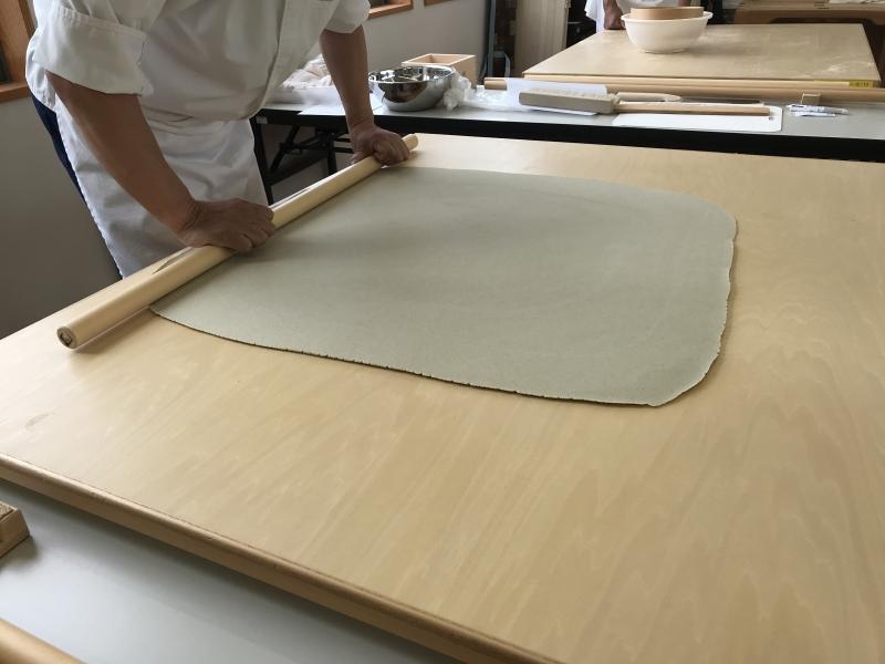 Make buckwheat dough square shape (difficult!)