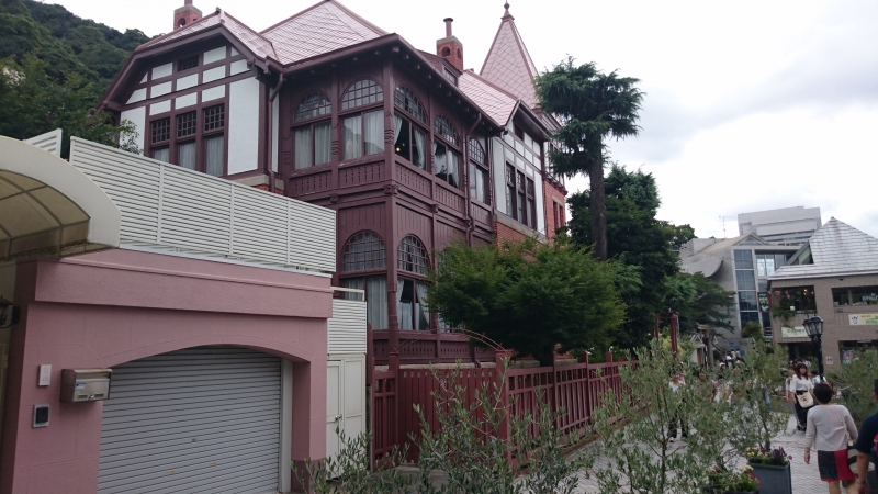 Many western style residences built mostly for early foreign settlers in Meiji period.