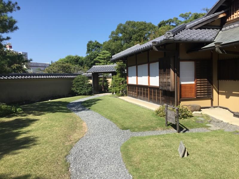 Koko-en garden built on the archaecologically excavated site of Samurai houses