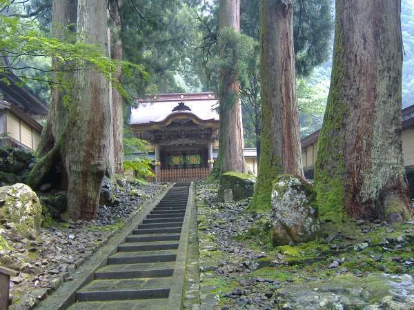 The front gate of Eiheiji temple, which is used for special guests.